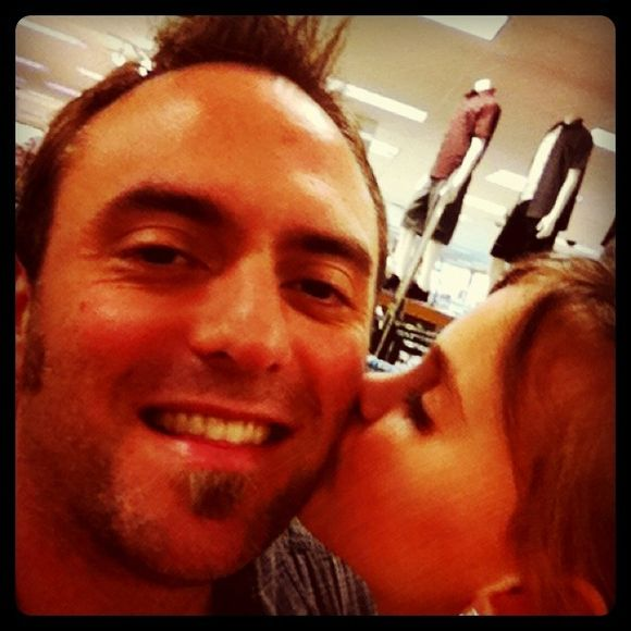 Pic of the Day: A Kiss From my Baby Girl